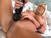 Hot MILF with big tits loves dick in her ass. Jewels Jade